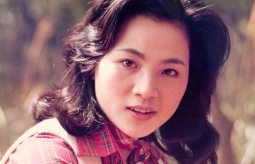 凤飞飞音乐合集1972-2012年141专辑歌曲Flac  凤飞飞 第1张