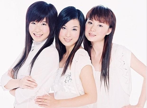 青燕子演唱组音乐合集2002-2010年6专辑歌曲Flac  青燕子演唱组 第1张