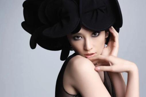吴佩慈歌曲大全1998-2008年5张音乐专辑+mkv视频  女歌手 第1张