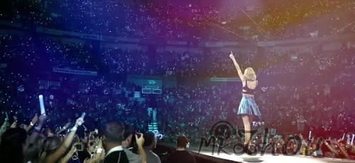 Fearless Tour放手去爱《Taylor Swift演唱会》超清视频[MKV/11.2GB]百度云网盘下载  音乐MV 第1张